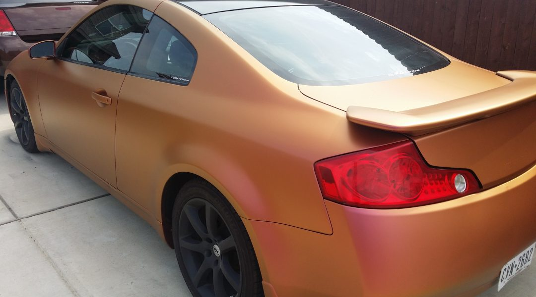 gold orange red 4739OR Colorshift Pearls s on an infinity car