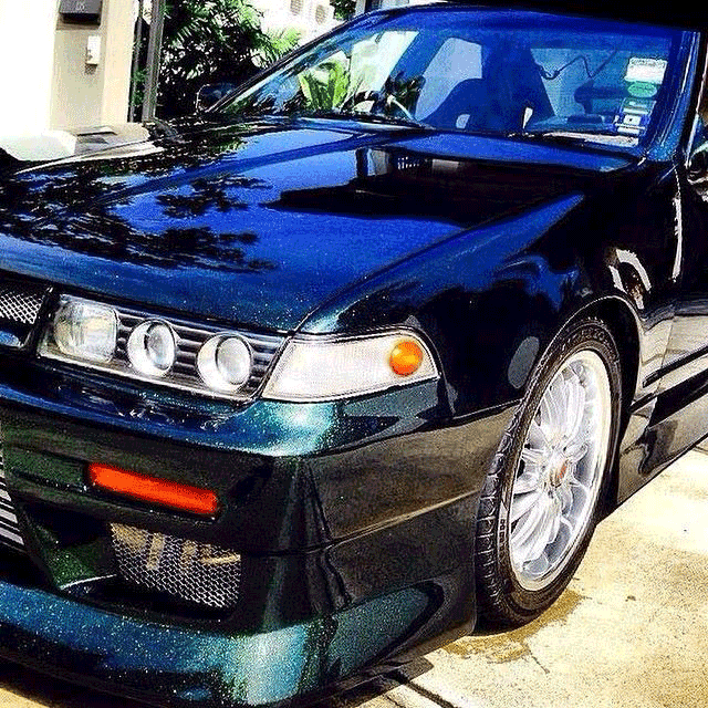 Blue to Green ColorShift Pearls on Nissan Cefiro A31.